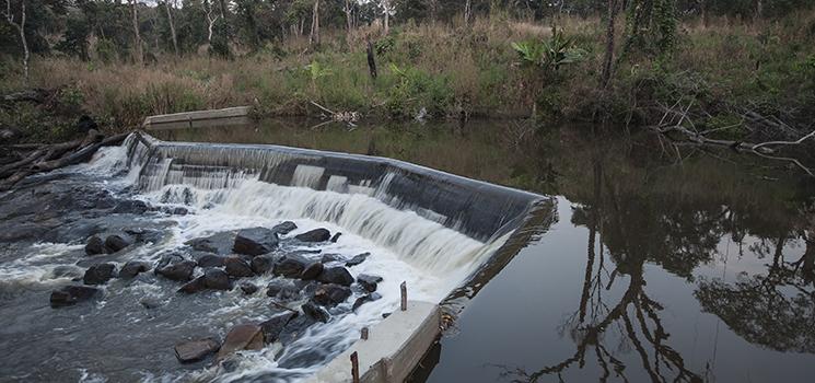 Stromversorgung von Kapanga